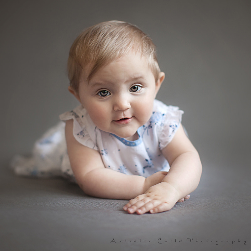 London | traditional portrait of 9 months old baby girl