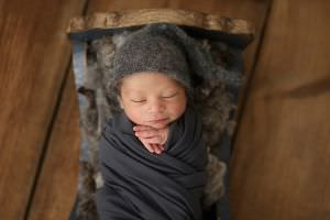 London Newborn Baby Boy Photo15-c54.jpg