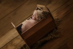 London Newborn Baby Girl Photo11.jpg