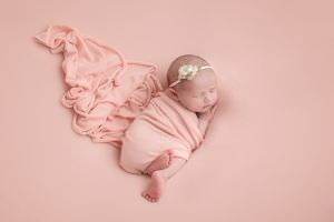 London Newborn Baby Girl Photo15.jpg